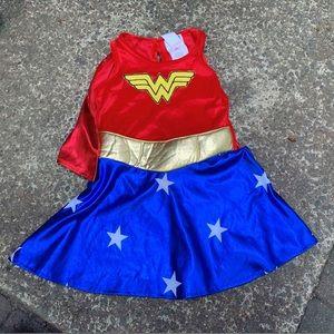 WONDER WOMAN, toddler, dress w/ cape!!